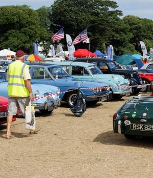 5 Reasons Why You Should Ship Your Antique Car to Car Shows