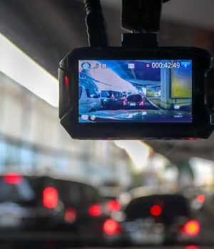 7 Reasons to Use a Dash Cam in Your Car